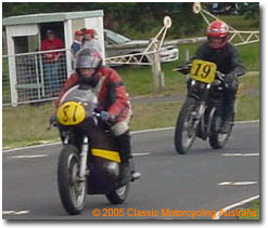 Classic Motorcycling Australia: Allan G on 81 riding